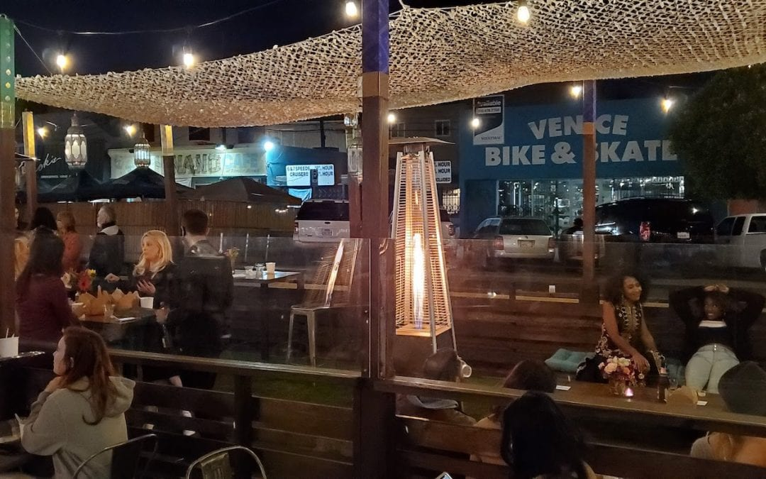 LA Country Stops all Outdoor and Indoor Dining